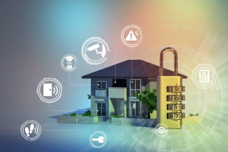Ein Haus mit verschiedenen Sicherheiten, bildhaft durch ein Zahlenschloss