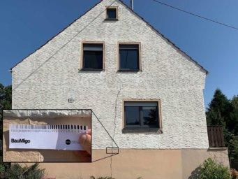 Ein Riss im Mauerwerk bei ungünstiger Anordnung der Fensteröffnungen