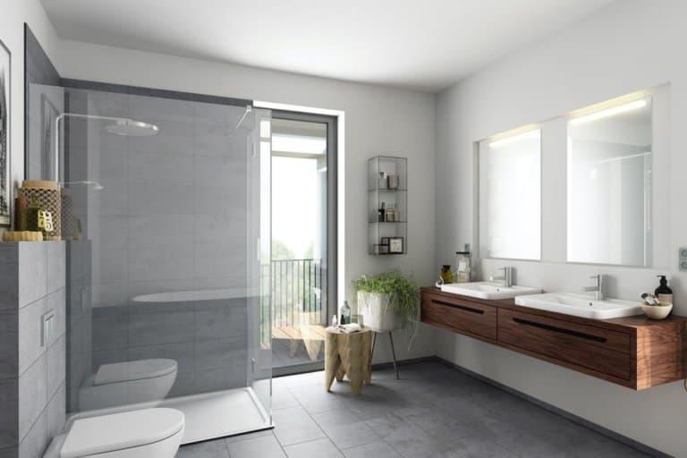 Ein modernes Badezimmer mit Dusche