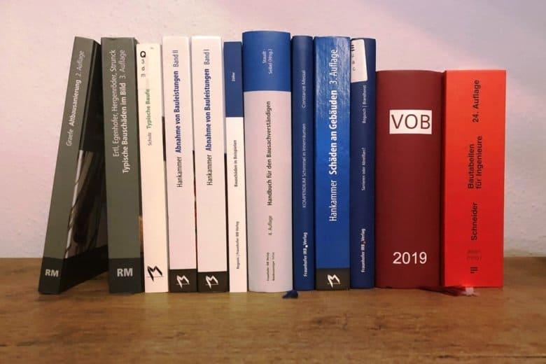 Bauwissen aufgereiht als Bücher - Foto: T. Möller